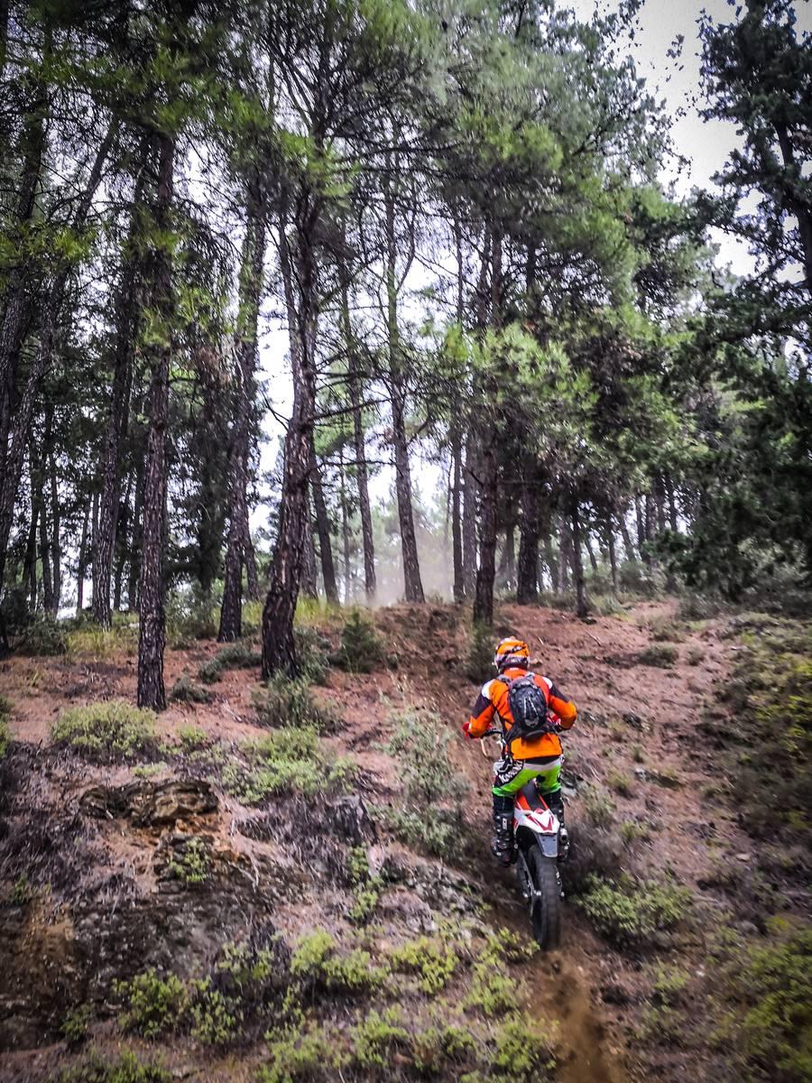 image showing  off road enduro trail bikes 1008