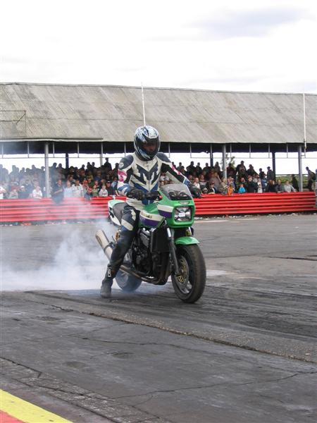 image showing Grant on his ZRX 1100 road bike in the old 10.90 class